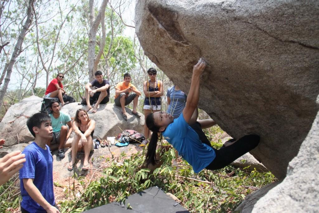 Long-hai-bouldering